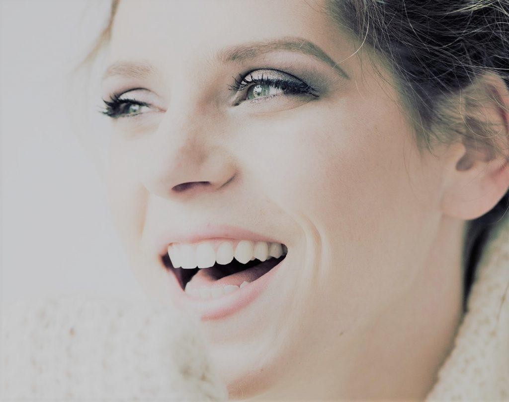 笑顔_ホワイトニング